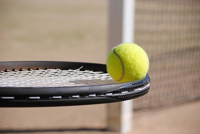Che dolore, il gomito del tennista!